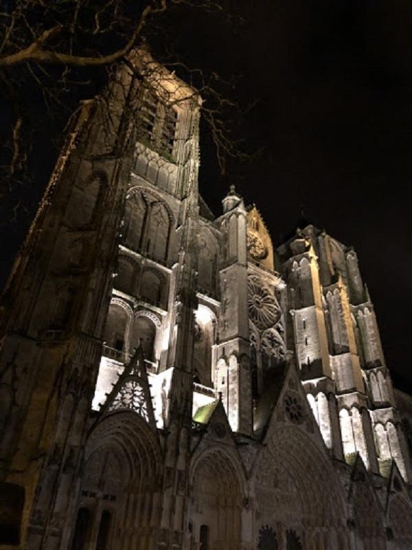 Cathédrale de nuit ©BourgesBerry Tourisme