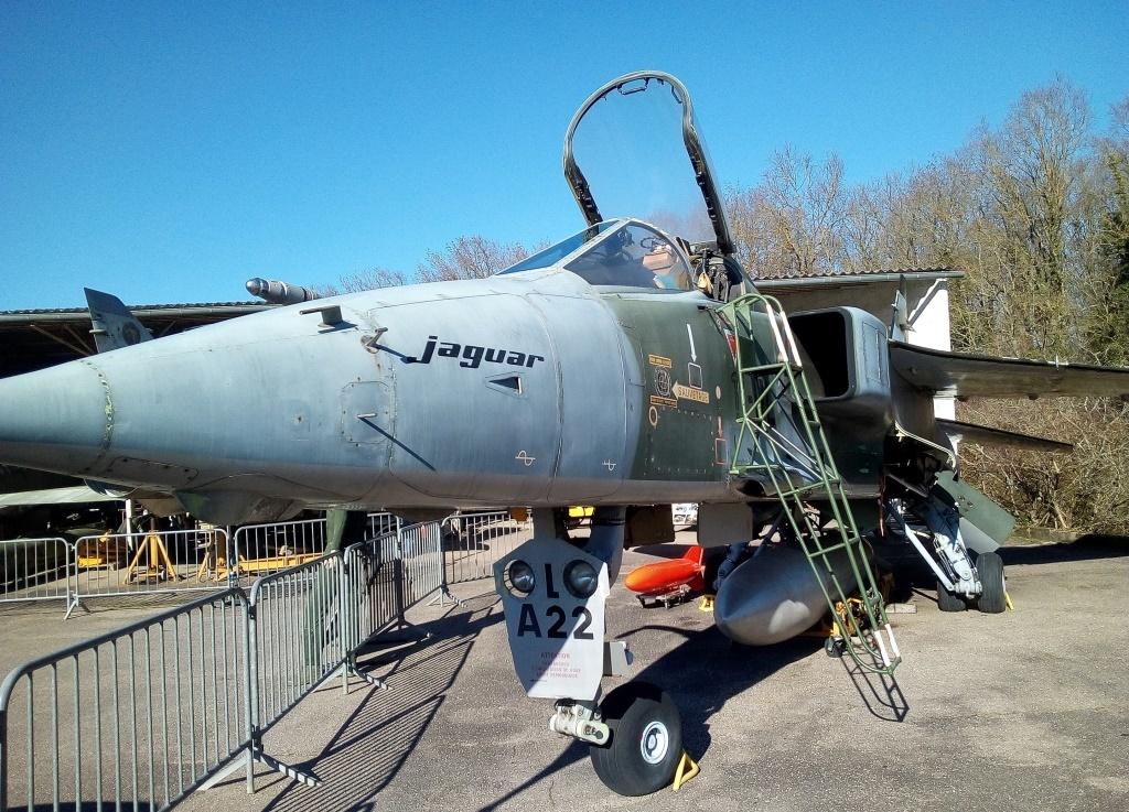 Avion Jaguar