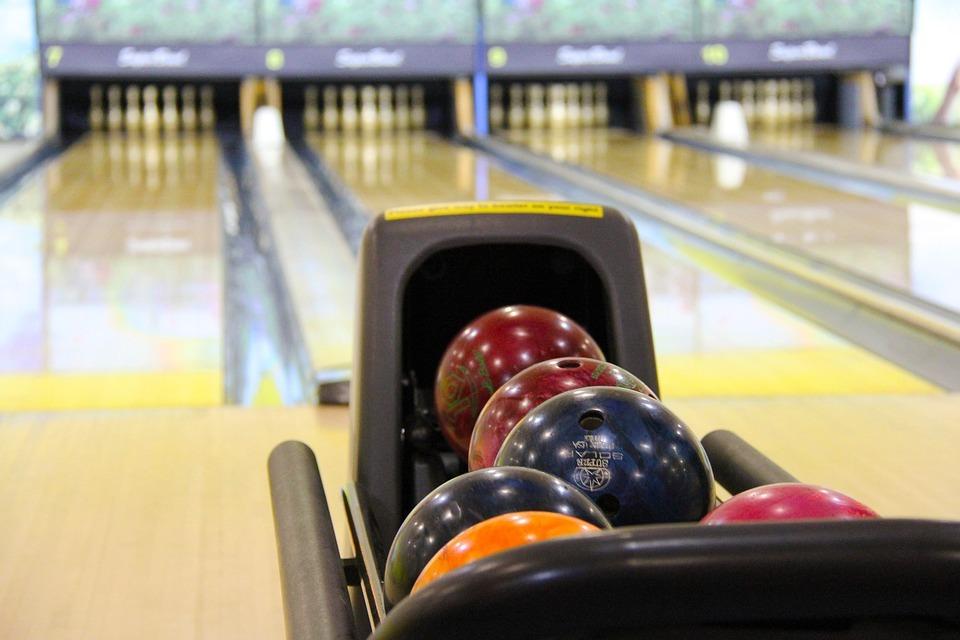 bowling-237905_960_720